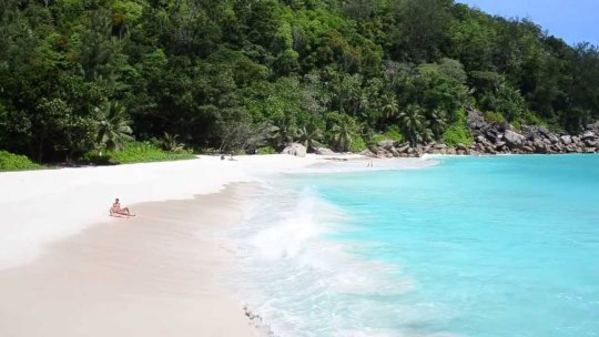 Anse Georgette strand